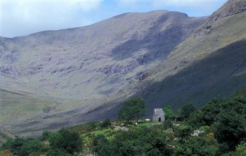 http://www.andersreizen.be/eBusinessFiles/ImageFiles/PhotoAlbum/Ierland Kerry Way/Kerry 99 Désiré Vervaeren 5.jpg