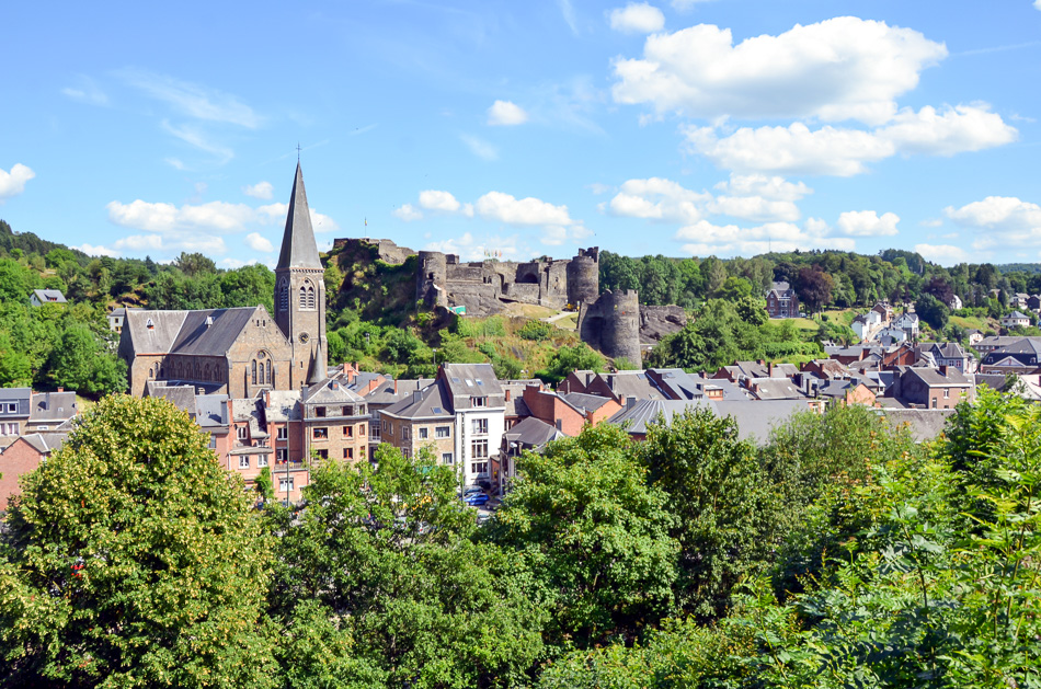 //www.andersreizen.be/eBusinessFiles/ImageFiles/fotos/BE5TAA/La Roche-en-Ardenne - FTLB PWillems 4_export_w950.jpg