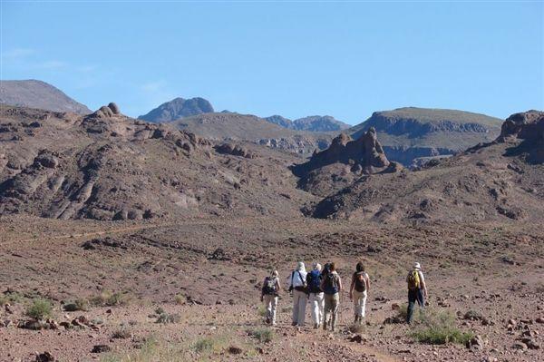 Saghro-en-Merzouga-van-rots-naar-zandwoestijn